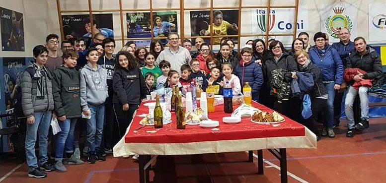 Stà arrivando Natale e come ogni anno ci si riunisce per il consueto scambio di auguri tra tutti i componenti dell'ASD Tennistavolo Himera G. Randazzo.